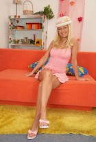 Порно звезда Nikki Sun