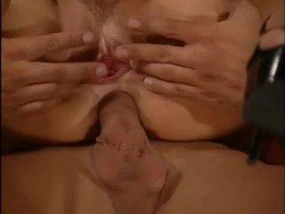 Групповуха с БДСМ: блондинок трахают в анальное отверстие