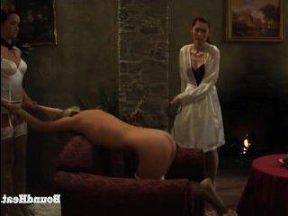 Развратные голые лесбиянки бдсм занимаются жестким сексом